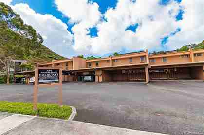 385 Haleloa Pl E Honolulu HI 96821 Diamond Head - photo #1