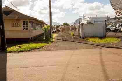 305 Koa St B Wahiawa HI 96786 - photo #2