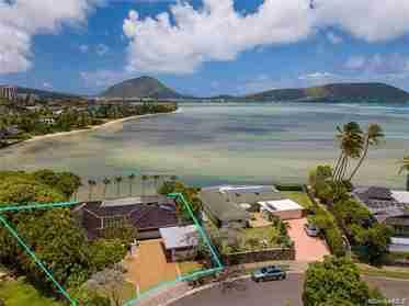 134 Niuiki Cir Honolulu HI 96821 - photo #1