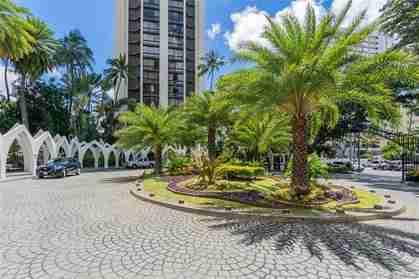 300 Wai Nani Way 1418 Honolulu HI 96815 Honolulu - photo #1