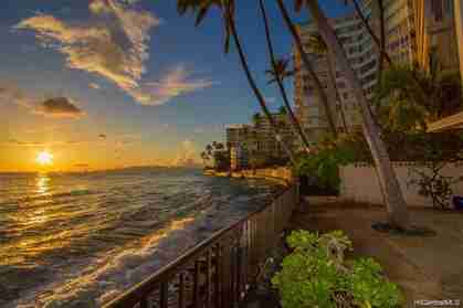 2987 Kalakaua Ave Honolulu HI 96815 96815 Diamond Head - photo #1