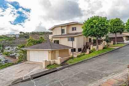 1384 Hoakoa Pl 24 Honolulu HI 96821